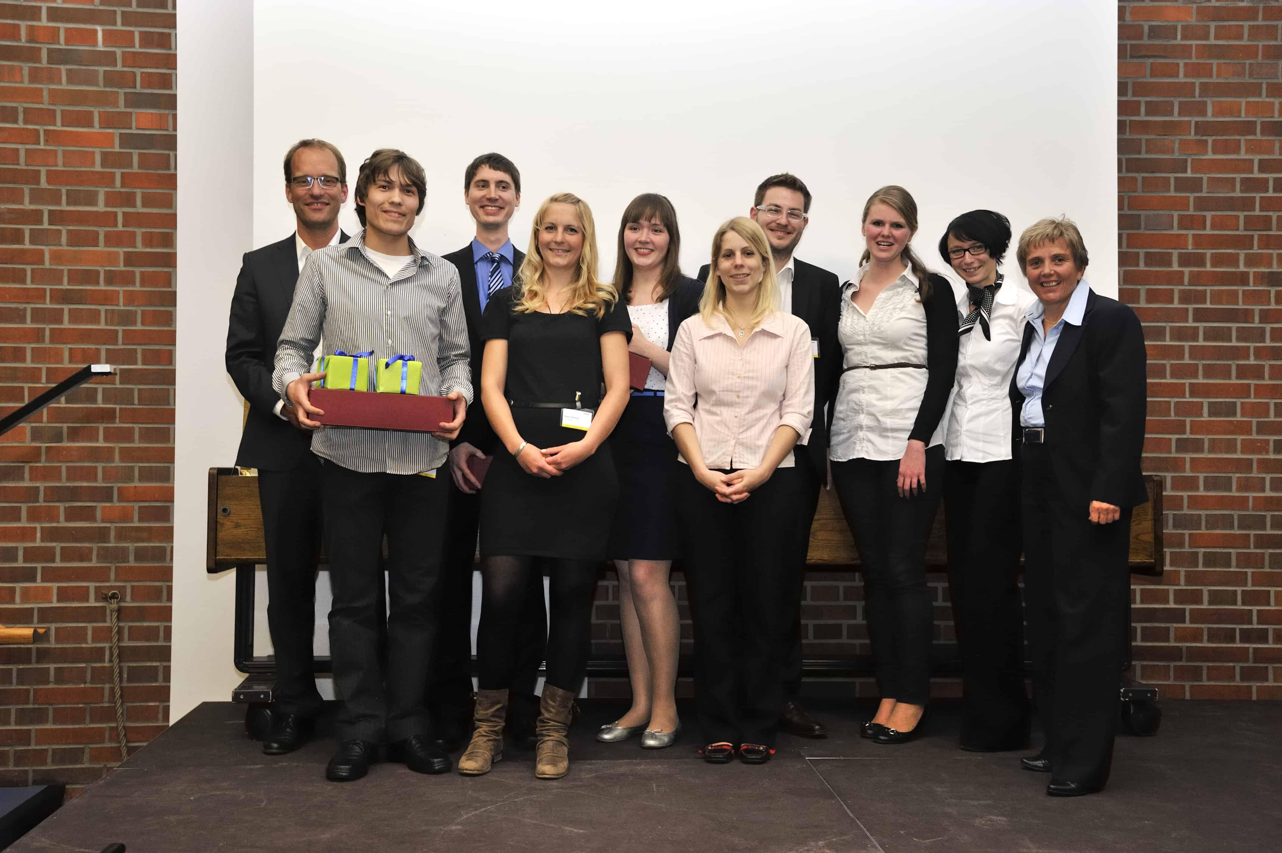Gruppenbild Gewinnerteam des TANNER Hochschulwettbewerbs aus Chemnitz