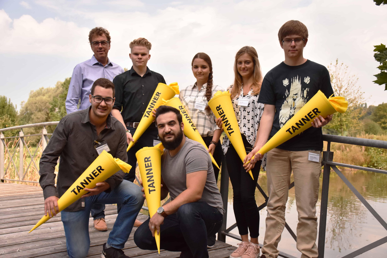 Gruppenbild Neue Auszubildende 2016