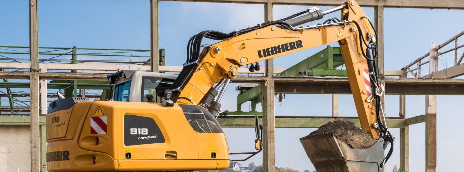 Liebherr-Bagger auf der Baustelle