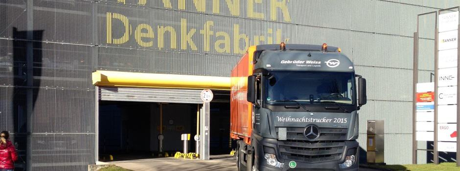 Weihnachtstruck verlässt die TANNER Denkfabrik