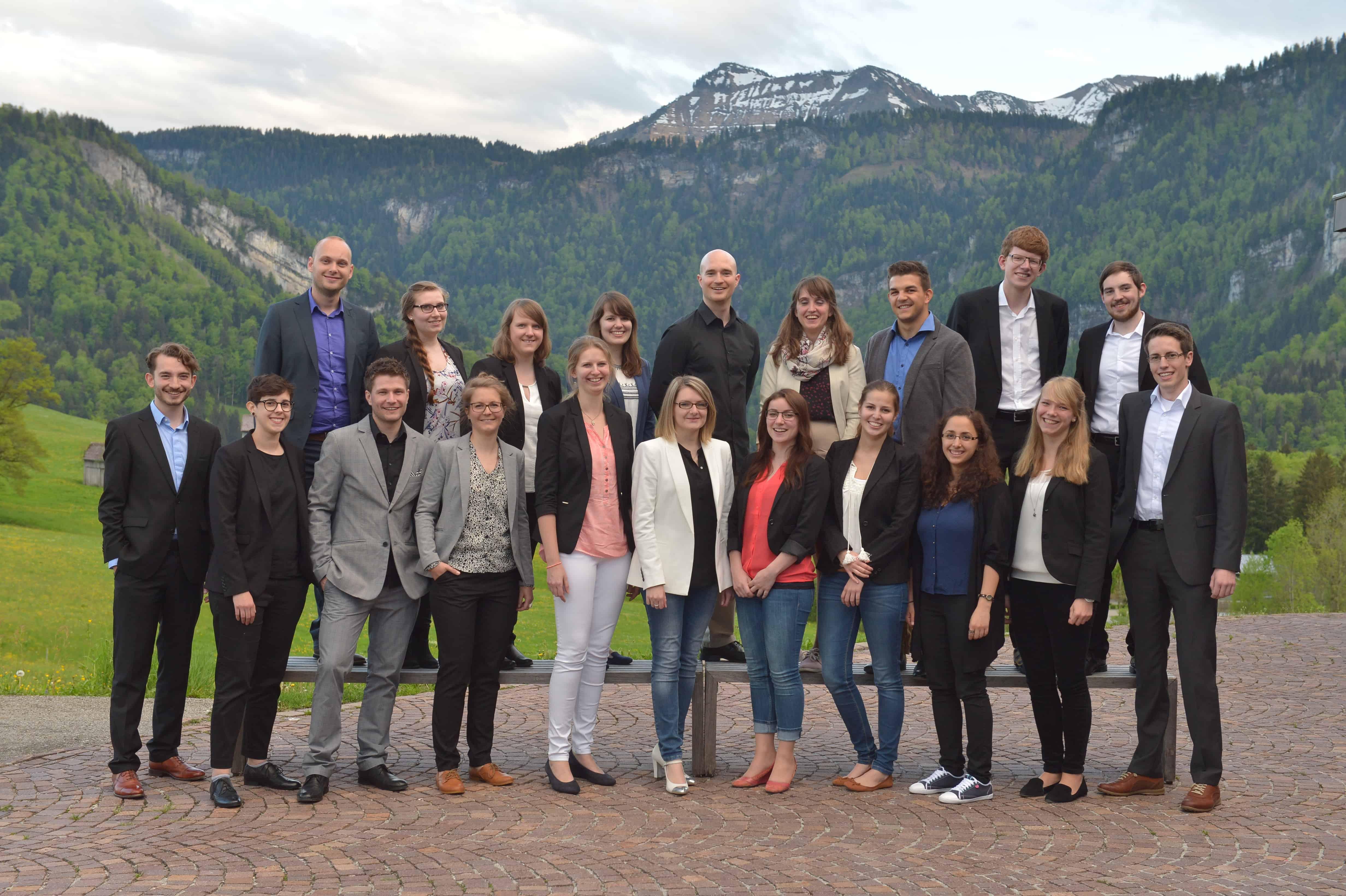 Gruppenbild der Teilnehmer am 9. TANNER Hochschulwettbewerb