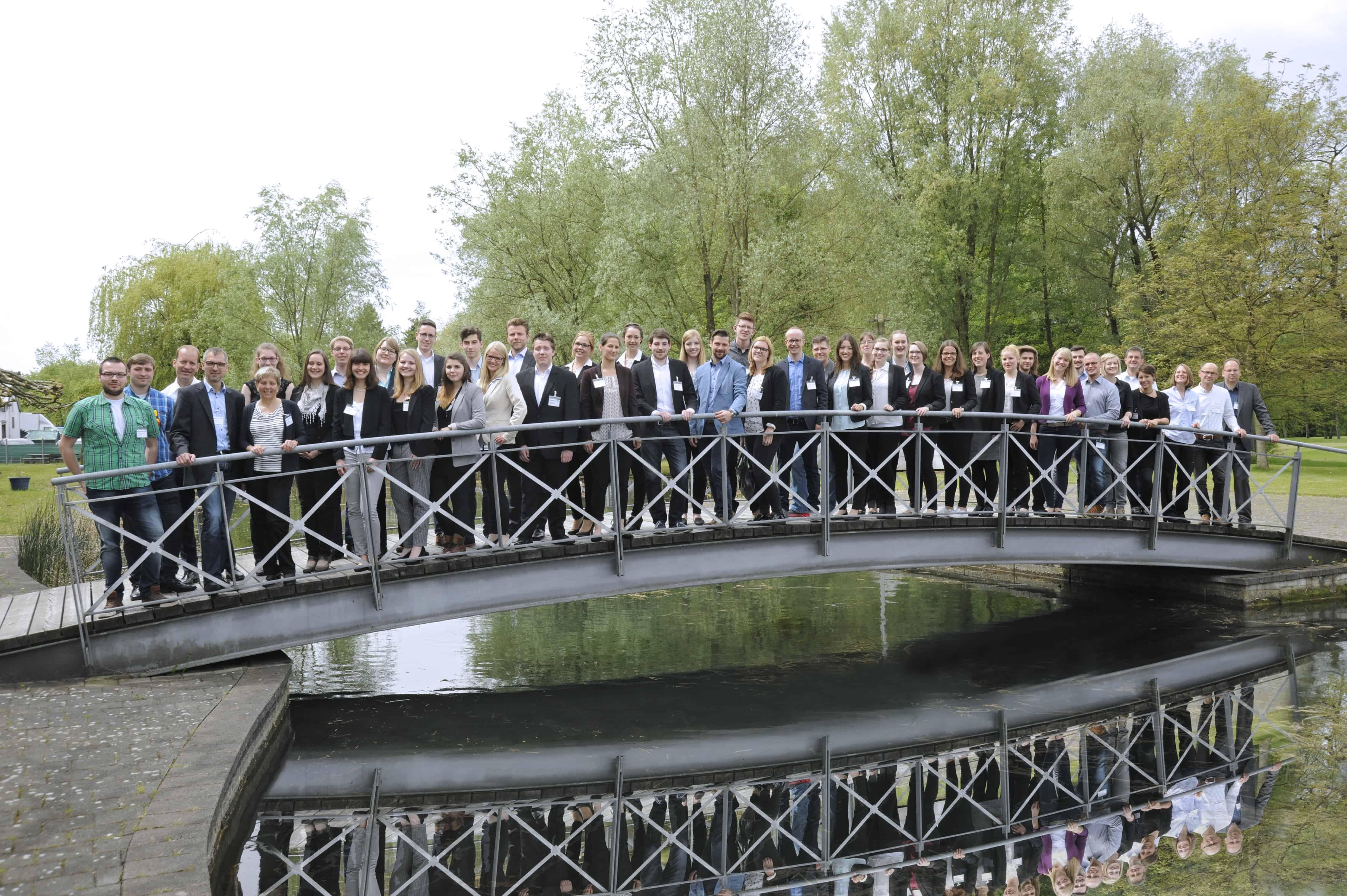 Gruppenbild der Teilnehmer des 10. TANNER Hochschulwettbewerbs