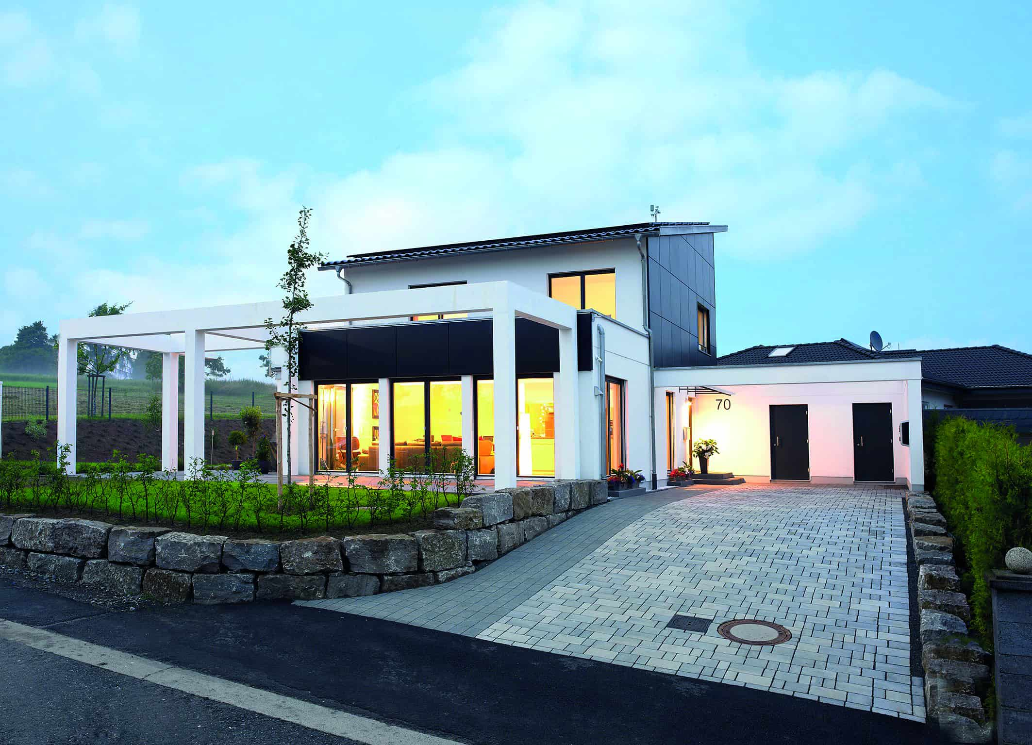 9. TANNER-Hochschulwettbewerb - Keyvisual Bosch Thermotechnik Erleuchtetes Haus