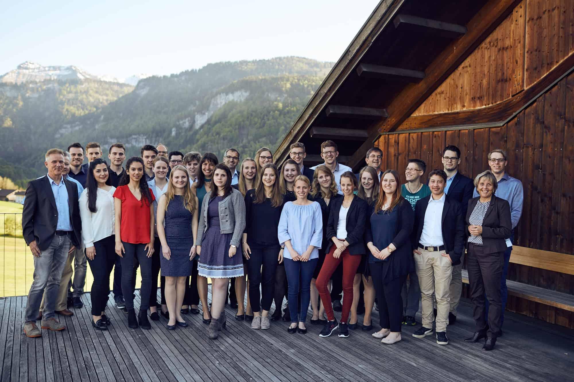 Gruppenbild beim 11. TANNER-Hochschulwettbewerb