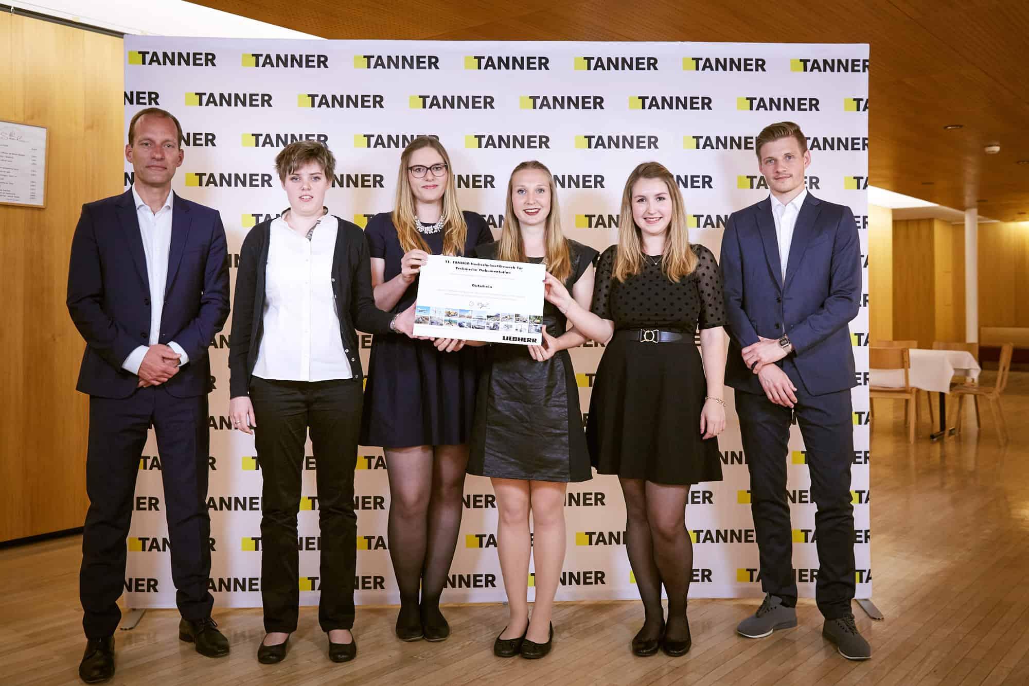 Gruppenbild Team von der Hochschule Aschaffenburg beim 11. TANNER-Hochschulwettbewerb