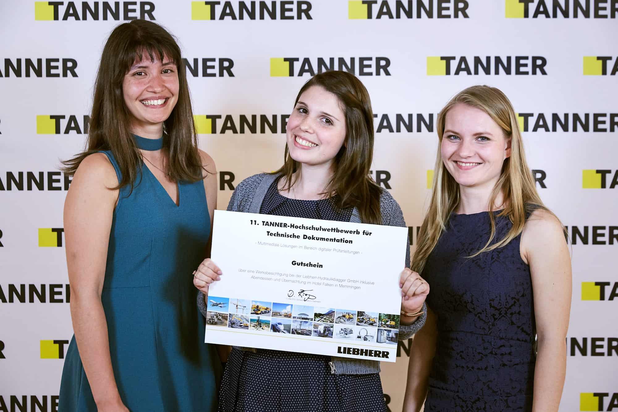 Gruppenbild Team von der Hochschule Karlsruhe beim 11. TANNER-Hochschulwettbewerb