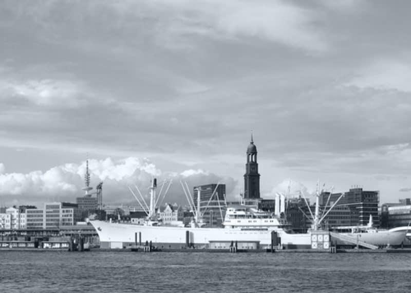 Hamburg Panoramablick auf den Hafen