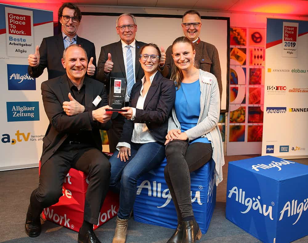 Gruppenfoto Great Place to Work Beste Arbeitgeber Bayern 2019